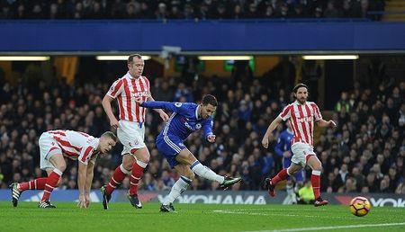 Du am Chelsea 4-2 Stoke: Vi do la doi bong cua Conte - Anh 2