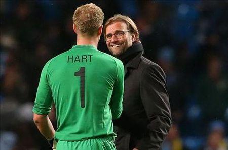 Thu mon Joe Hart muon chuyen sang Liverpool thi dau - Anh 1