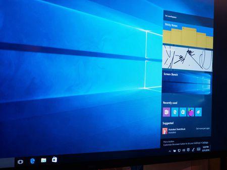 Microsoft da tro lai mot cach than thanh, thong tri gioi cong nghe nam 2016 ra sao? - Anh 2