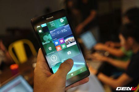 Microsoft da tro lai mot cach than thanh, thong tri gioi cong nghe nam 2016 ra sao? - Anh 8