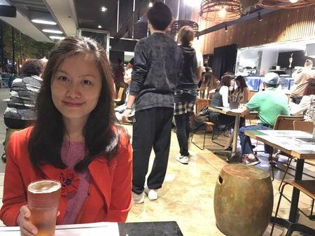 Nguoi Viet bon phuong cung the gioi don chao nam moi - Anh 3