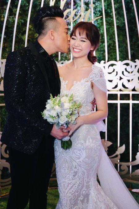 Tran Thanh: 'Toi va Hari Won dat duoc thoa hiep moi cuoi' - Anh 1
