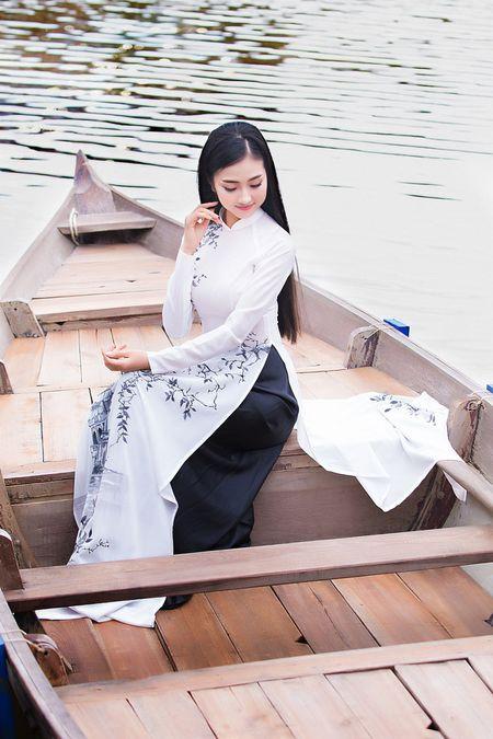 Thieu nu Quang Nam duyen dang trong ta ao dai - Anh 12