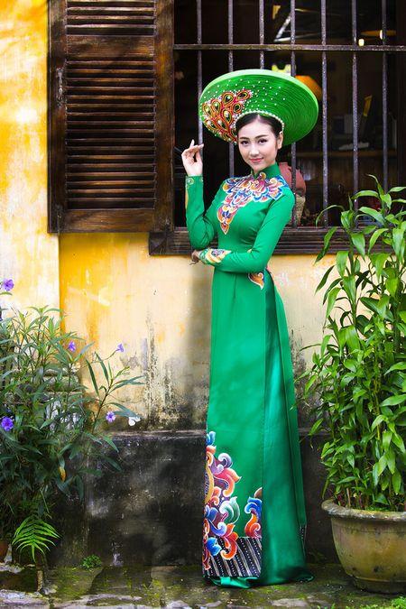 Thieu nu Quang Nam duyen dang trong ta ao dai - Anh 13