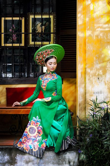 Thieu nu Quang Nam duyen dang trong ta ao dai - Anh 14