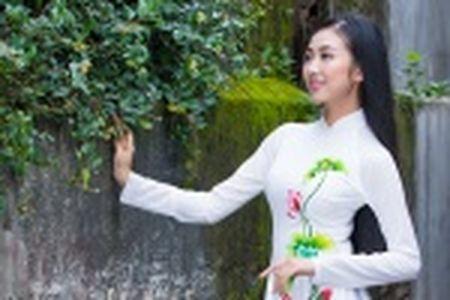 Thieu nu Quang Nam duyen dang trong ta ao dai - Anh 16