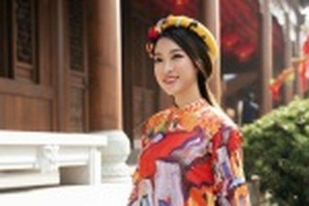 Thieu nu Quang Nam duyen dang trong ta ao dai - Anh 18
