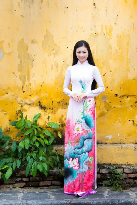 Thieu nu Quang Nam duyen dang trong ta ao dai - Anh 3