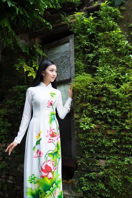 Thieu nu Quang Nam duyen dang trong ta ao dai - Anh 6