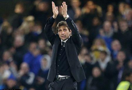 CAP NHAT sang 01/01: Man United trieu hoi 'Fergie Time'. Thua Liverpool, Man City quyet mua trung ve cua Bayern - Anh 1