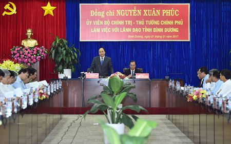 Thu tuong: Binh Duong phai chuyen sang thang bac phat trien moi - Anh 2
