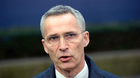Tong Thu ky Stoltenberg: NATO dang la muc tieu cua tan cong mang - Anh 1