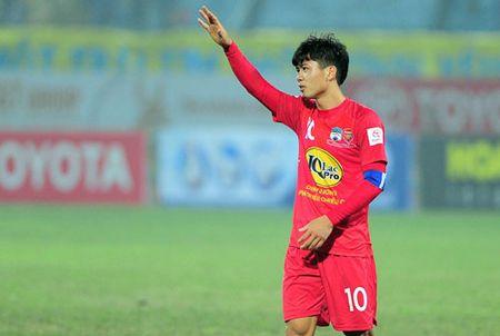 DIEM TIN SANG (19.1): Cong Phuong sa sut vi... chan thuong nang - Anh 1