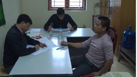 Trong an o Hung Yen: Con re tham sat gia dinh vo - Anh 1