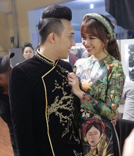 Bat ngo voi mon qua Tran Thanh tang vo sau 1 thang ket hon - Anh 1