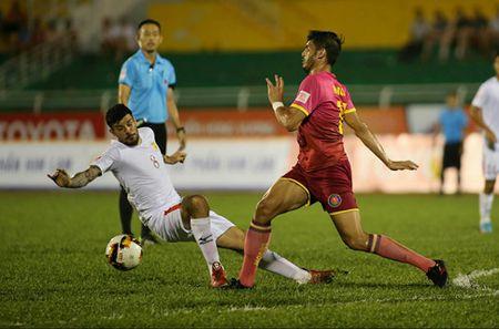 TPHCM va Ha Noi FC than trong truoc cuoc doi dau tai vong 4 - Anh 1