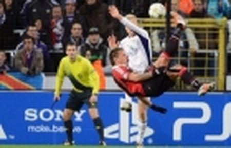 Sao Tottenham 'dau da' dien cuong truoc ngay gap Man City - Anh 13