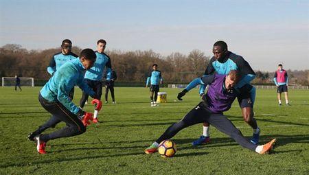 Sao Tottenham 'dau da' dien cuong truoc ngay gap Man City - Anh 5