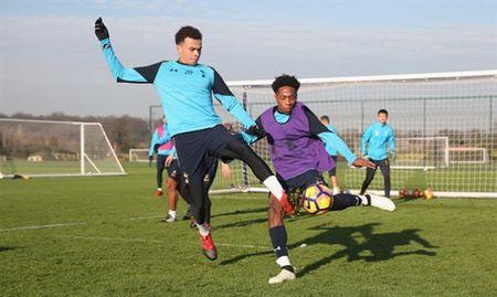 Sao Tottenham 'dau da' dien cuong truoc ngay gap Man City - Anh 8