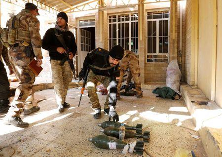 Dac nhiem Iraq thua thang xoc toi o thanh pho Mosul - Anh 12
