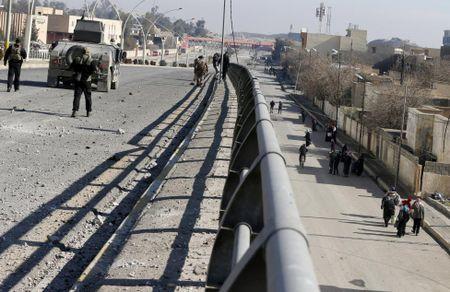 Dac nhiem Iraq thua thang xoc toi o thanh pho Mosul - Anh 5
