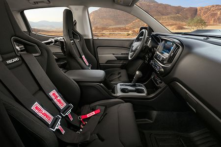 Colorado ZH2 - khi Chevrolet 'dan than' vao binh nghiep - Anh 7