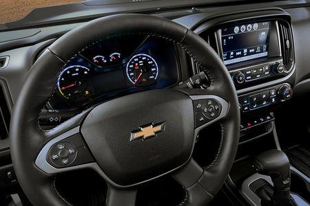 Colorado ZH2 - khi Chevrolet 'dan than' vao binh nghiep - Anh 8