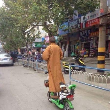 Anh hai: Nhung kieu di duong bat chap tat ca o Viet Nam - Anh 4