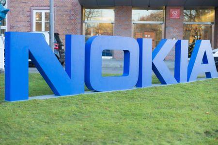 Nokia P1 voi cau hinh cao cap co gia 950 USD - Anh 2