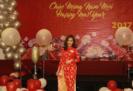 Nu y ta tuong lai tro thanh hoa khoi du hoc sinh Viet Nam tai New York 2017 - Anh 3