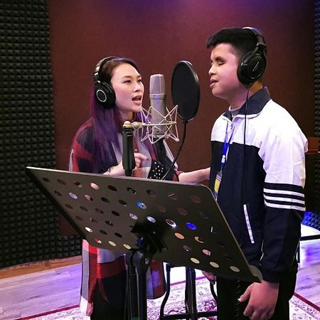 My Tam ra mat MV song ca cung chang trai khiem thi Duc Manh - Anh 1