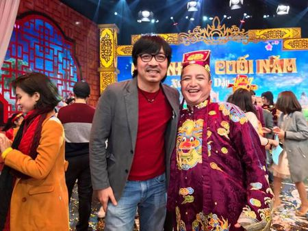 Tao Giao thong Chi Trung va chuyen mon... 'Tao... dam' trong 'Gap nhau cuoi nam 2017' - Anh 3