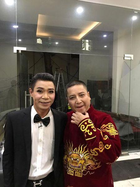 Tao Giao thong Chi Trung va chuyen mon... 'Tao... dam' trong 'Gap nhau cuoi nam 2017' - Anh 4