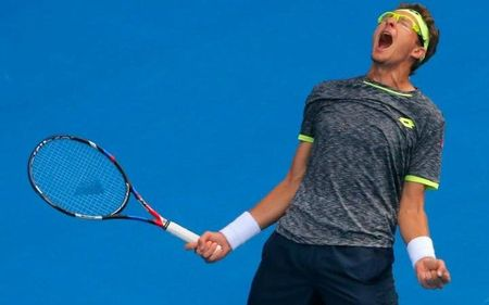 """""""Dia chan"""" Australia mo rong: Novak Djokovic thua tham - Anh 2"""