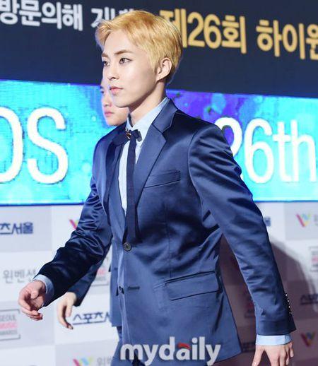 Seoul Music Awards: Loat idol nu kho so che chan vi vay ngan - Anh 23