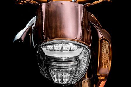 'Quai vat' Ducati Diavel Diesel ra mat voi ban gioi han 666 chiec - Anh 1