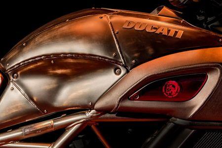 'Quai vat' Ducati Diavel Diesel ra mat voi ban gioi han 666 chiec - Anh 3