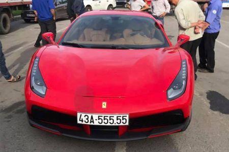 Ferrari 488 GTB do khung mang sieu bien ngu quy 5 tai Da Nang - Anh 1