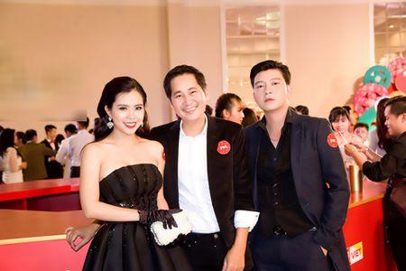 "Vua tai xuat, ""Ban sao Angela Phuong Trinh"" da duoc dao dien Le Minh moi hop tac - Anh 7"