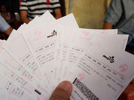 Xo so Vietlott: Sau 5 thang, doanh thu len den 1.600 ty dong - Anh 2
