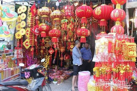 Ngay 22 thang Chap: Nguoi Sai Gon ron rang mua sam Tet tai cho tai loc Hai Thuong Lan Ong - Anh 18