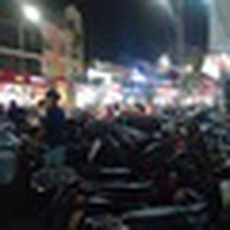 Ngay 22 thang Chap: Nguoi Sai Gon ron rang mua sam Tet tai cho tai loc Hai Thuong Lan Ong - Anh 20