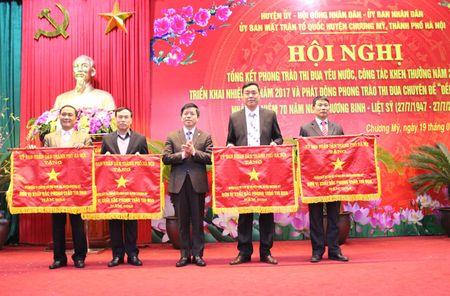 354 trieu dong ung ho phong trao thi dua yeu nuoc huyen Chuong My - Anh 2