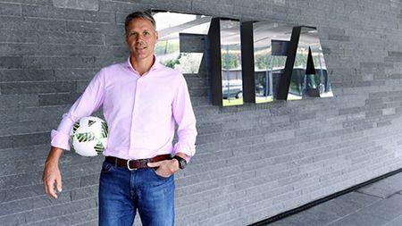 FIFA tinh bo viet vi va the vang, da luan luu xa… 25m - Anh 2