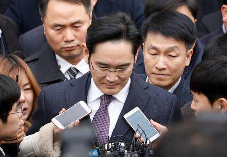Han Quoc bac de nghi bat giam lanh dao Samsung - Anh 1