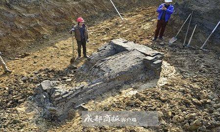 Tuong linh gac, tien xu trong co mo thuong gia Trung Quoc - Anh 1