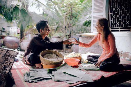 Gia dinh Khanh Thi - Phan Hien muon don Tet theo phong cach dan da - Anh 6