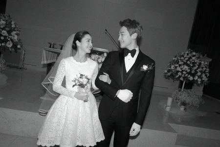 Kim Tae Hee rang ngoi hanh phuc trong dam cuoi voi Bi Rain - Anh 1