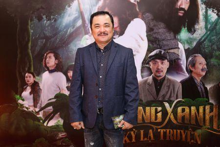 Fan vay quanh Hoai Linh tren tham do ra mat phim - Anh 11