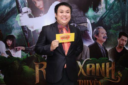 Fan vay quanh Hoai Linh tren tham do ra mat phim - Anh 14